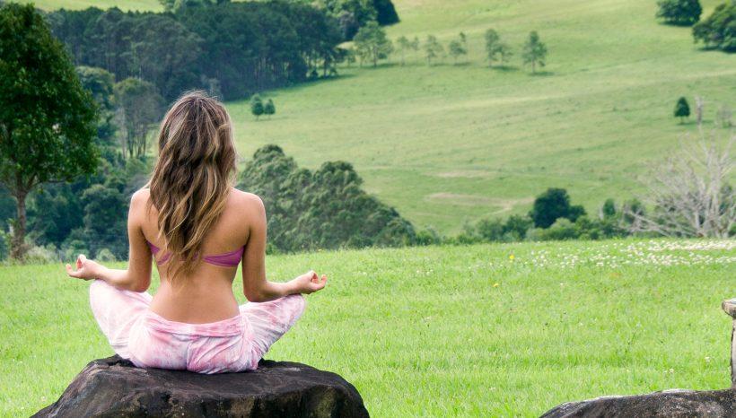10 motive pentru care merită sa mergi într-un Yoga Retreat